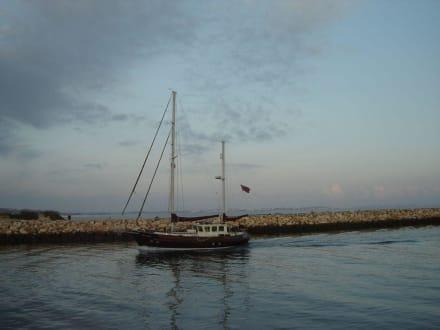 Motorsegler - Hafen Marina de Lagos