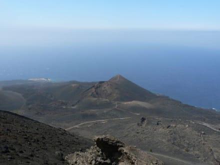 Blick  vom Vulkan Antonioauf den Vulkan Teneguia - Vulkane San Antonio und Teneguía