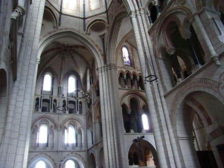 Kreuzgewölbe auf der Nordseite - Limburger Dom