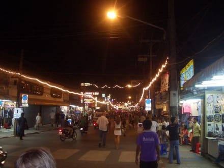 Bangla Road in Patong - Lichterfest Loy Krathong