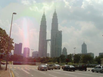 Petrona Twin Towers - Petronas Twin Towers