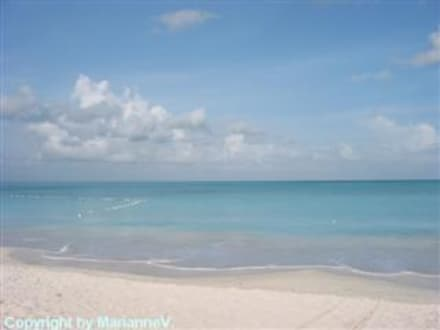 Am Beach - Strand Jolly Harbour