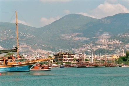 Blick auf dem Hafen - Bootstour Alanya