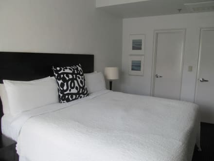 Das große Bett - Hotel The Albion South Beach