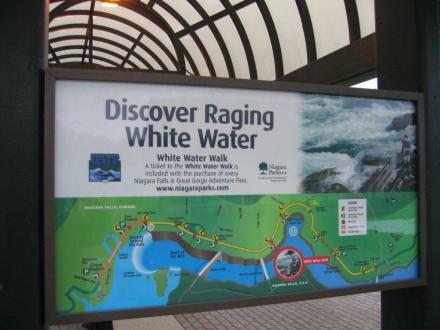 Eingang Niagara - Niagarafälle / Horseshoe Falls