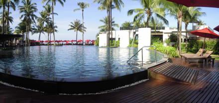 Pool - Hotel Ramada Khao Lak Resort