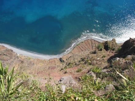 Hier geht es 580m senkrecht nach unten - Europas höchste Klippe Cabo Girao