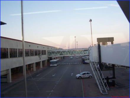 Aeroporto Son Sant Joan Palma - Flughafen Palma de Mallorca/Son Sant Joan (PMI)