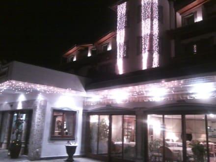 Fenster zum Restaurant - Hotel Postwirt Ebbs