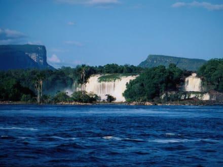 Canaima Wasserfall - Wasserfälle von Canaima - Salto Sapo