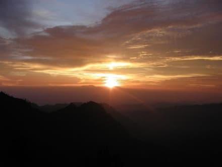 Sonnenaufgang am Mt. Bromo - Bromo Vulkan