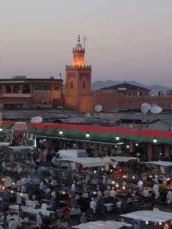 Platz der Gaukler - Place Djemaa el Fna