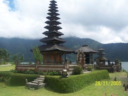 Am Bratansee - Tempel Pura Ulun Danu Bratan