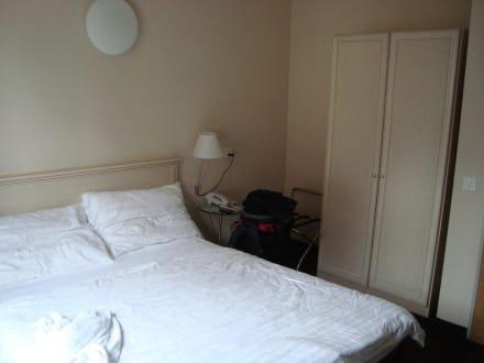 Kleines Zimmer - Hotel Neufeld