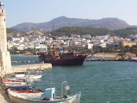 Am Hafen von Rehtymnon - Hafen Rethymno
