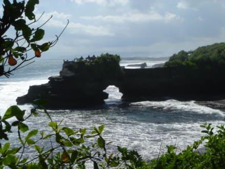 Cliff am Tanah Lot - Tempel Tanah Lot