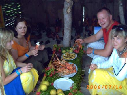 Lobster Essen am Strand - Lobster Essen