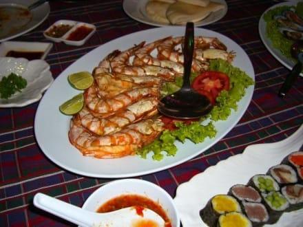Auch Sushi gibt es hier - Seafood Market