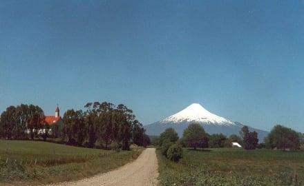 und überall gegenwärtig der Osorno - Llago Llanquihue