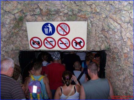 Eingang zur Cuevas del Drac bei Portocristo - Drachenhöhle / Coves del Drac
