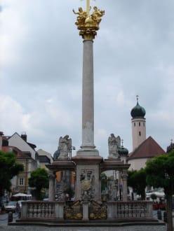 Mariensäule auf dem Marktzplatz - Altstadt Straubing