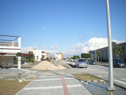 Starker Straßen/Gehwegneubau - Einkaufen & Shopping