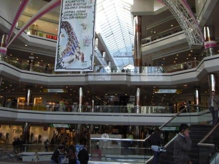 Einkaufszentrum - Istanbul Cevahir