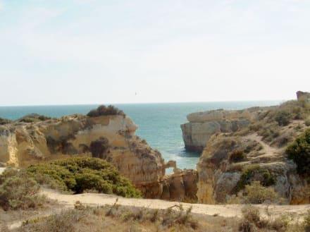 Küstenabschnitt in der Nähe des Hotels Baia Grande - Strand Albufeira