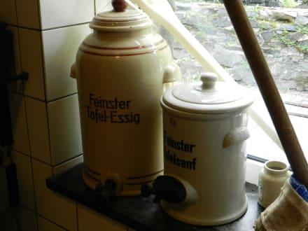 Große Töpfe - Historische Senfmühle Monschau