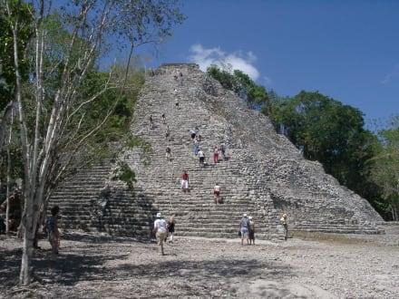 Pyramide von Coba - Ruinenstätte Cobá
