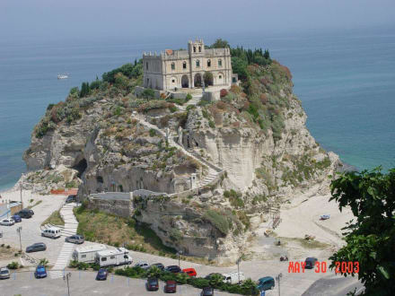 Benediktinerkloster in Tropea - Kirche Santa Maria dell'Isola