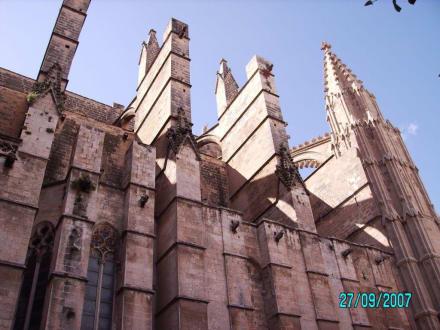 Teilansicht außen - Kathedrale La Seu