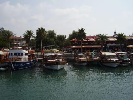 Side Hafen - Hafen Side