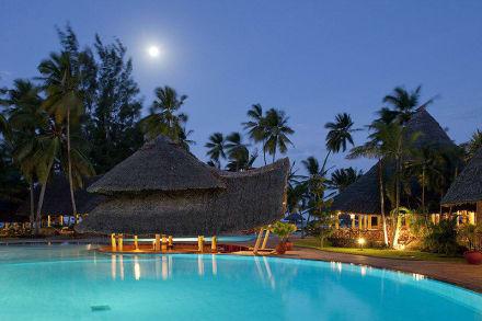 Bar & Pool View -