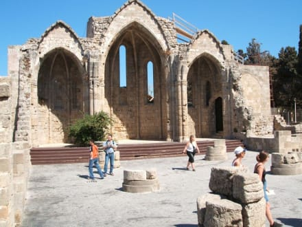 Rhodos -Stadt - Kirche der Jungfrau de Burgh