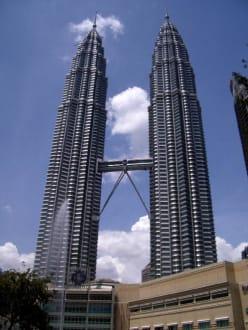 Petronas Twin Towers - Petronas Twin Towers
