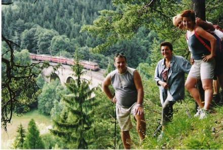 Historischer Bahnwanderweg - Wandern Semmeringbahn Gloggnitz