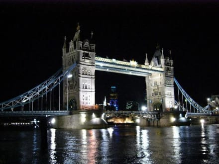 Tower Bridge by night - Tower Bridge