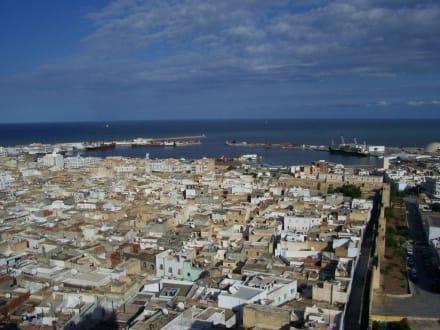Blick vom Leuchtturm - Medina