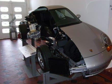 Vollverzinkter Porsche - Hoesch-Museum