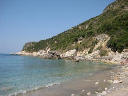 Der Strand von Ermones - Ermones Beach