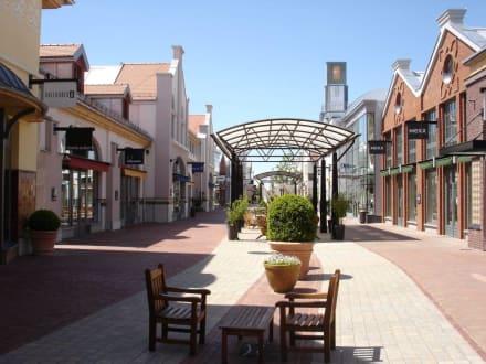 Ingolstadt Einkaufsparadies Village - Ingolstadt Village