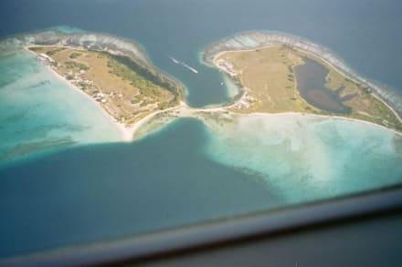 Isla Madrizqui und Isla Pirata von oben - Isla Madrizqui