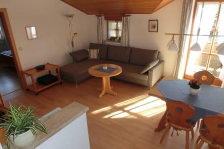 FeWo 6 - heller Wohnraum und Westseeblickbalkon - Gästehaus Paulfischer - Ferienwohnungen