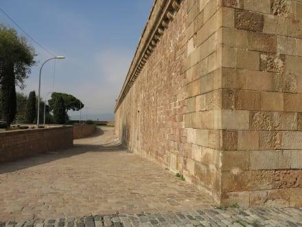 Trutzige Mauern - Castell de Montjuïc