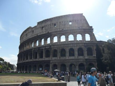Historic sites (castle, palace, ruins, etc.) - The Colosseum