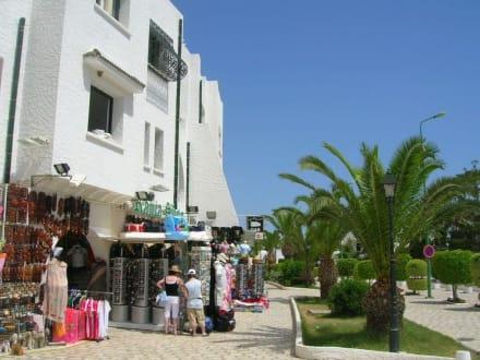 Markt/Bazar/Shop-Center - Einkaufen & Shopping