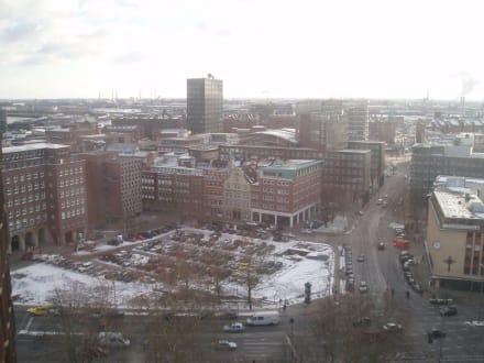 Blick von der Petrikirche Hamburg - Petrikirche