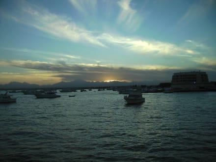 Sonnenuntergang über Hurghada - Giftun / Mahmya Inseln