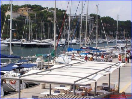 Hafenskyline - Yachthafen Porto Cristo